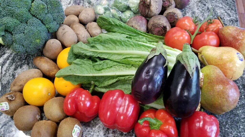 Hungry Harvest Review - May box showing sizes
